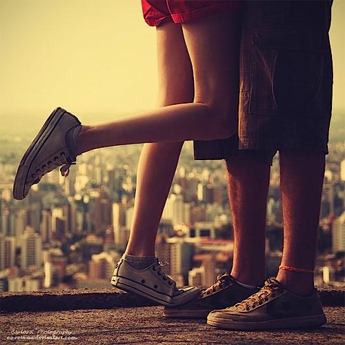 romantic_couple_love_kiss_cute_alone_sad_wallpapers__7__large-4875 (1)