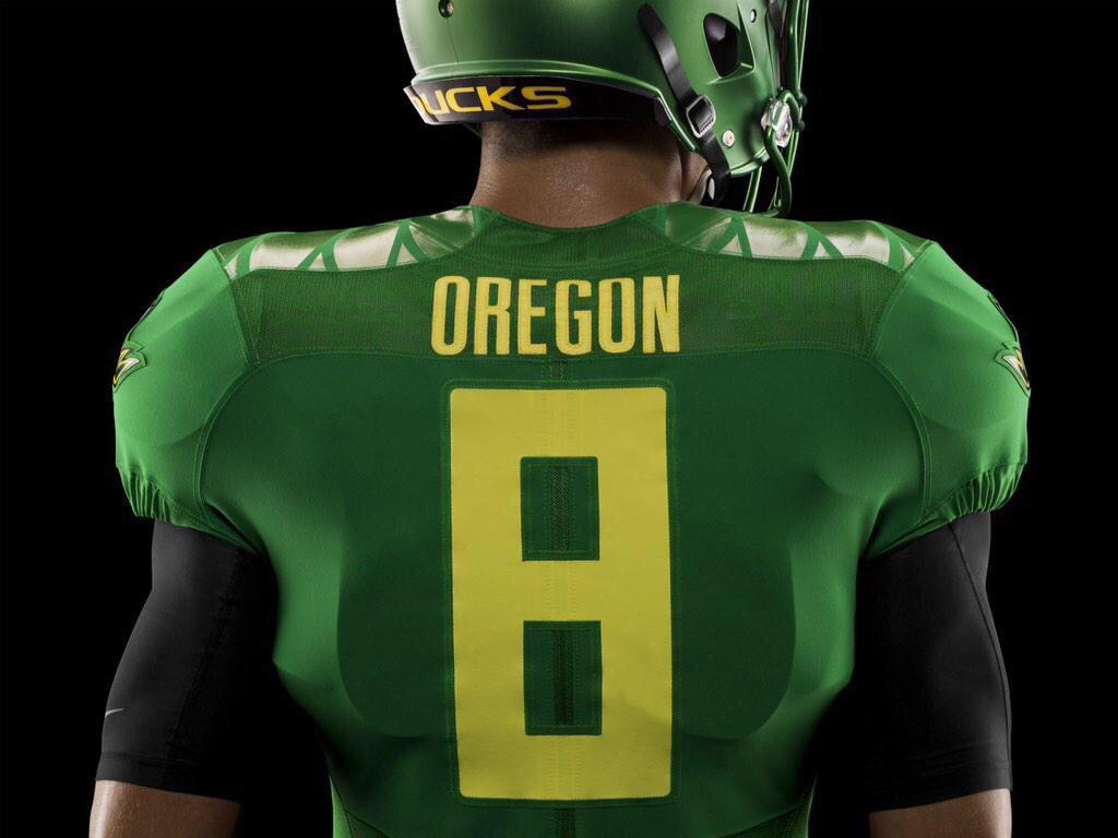 "University of Oregon Previews ""Apple Green"" Uniforms for Playoff ... e74e7053d"